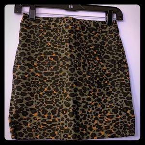 H&M Cute leopard print skirt